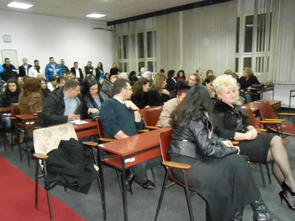 Tribina o prosveti, gost pomoćnik ministra, mr Ljubiša Antonijević